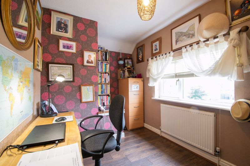 3 bed house for sale in Woodward Road 9