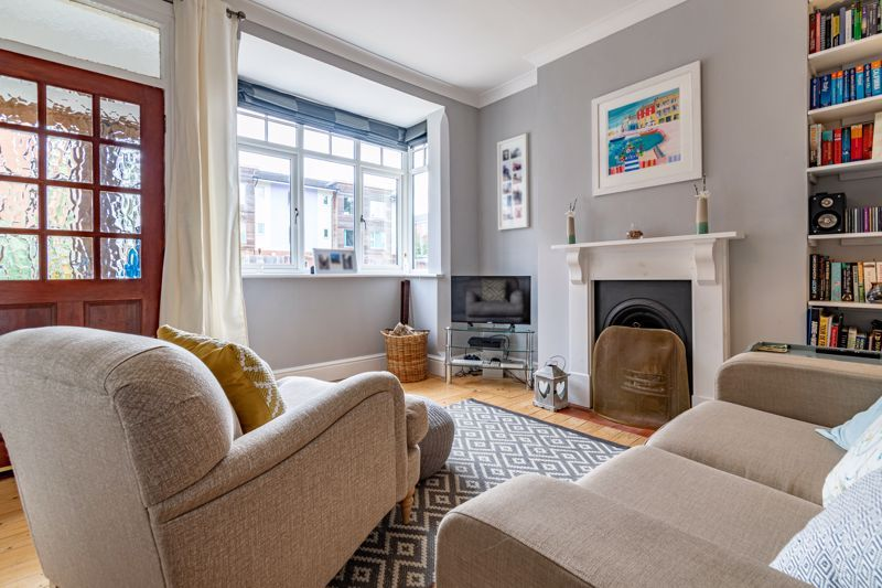 2 bed house for sale in Coronation Terrace, Stoke Road  - Property Image 2