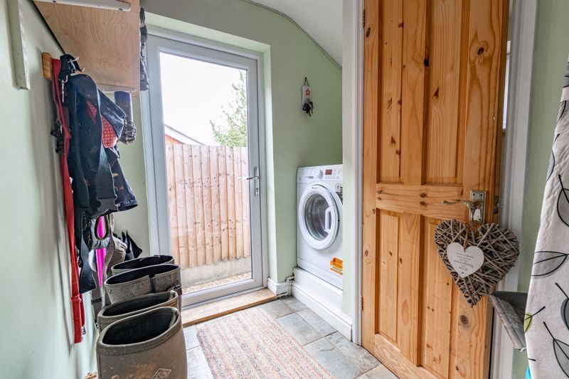 2 bed house for sale in Coronation Terrace, Stoke Road 15