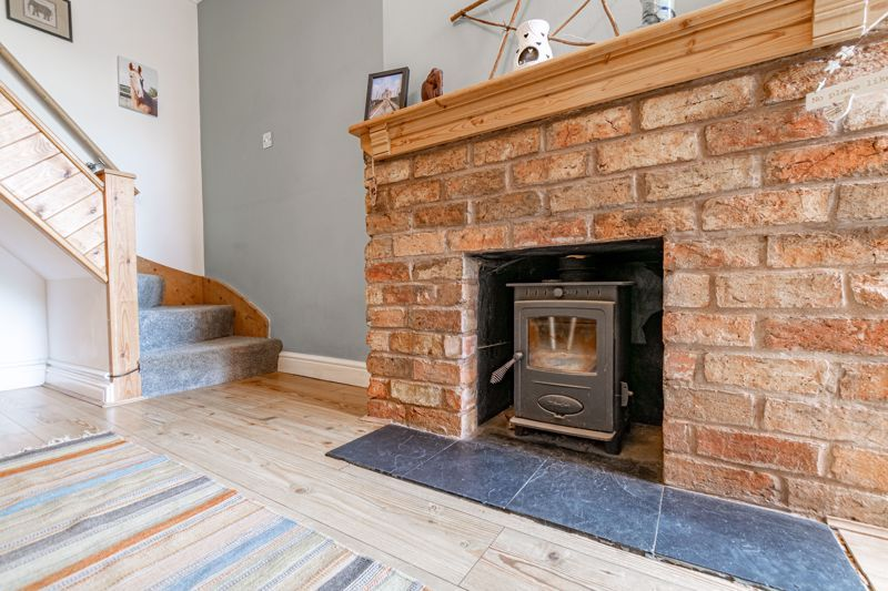 2 bed house for sale in Coronation Terrace, Stoke Road  - Property Image 16