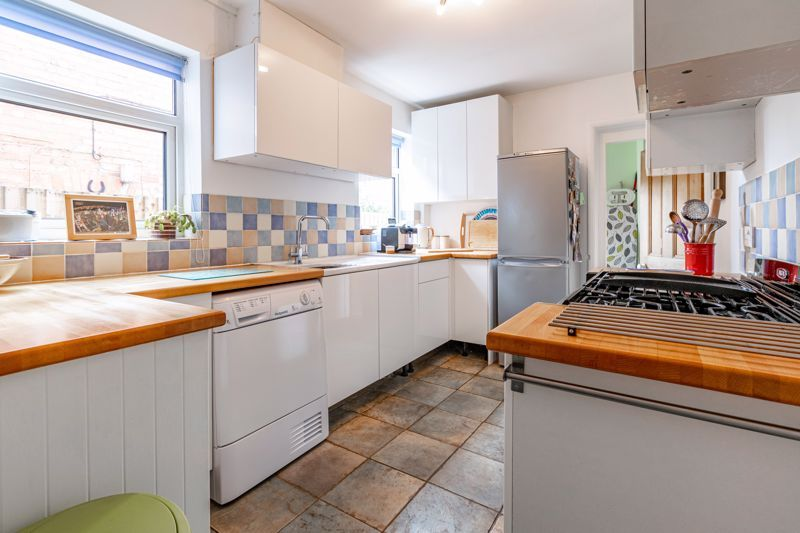 2 bed house for sale in Coronation Terrace, Stoke Road 5