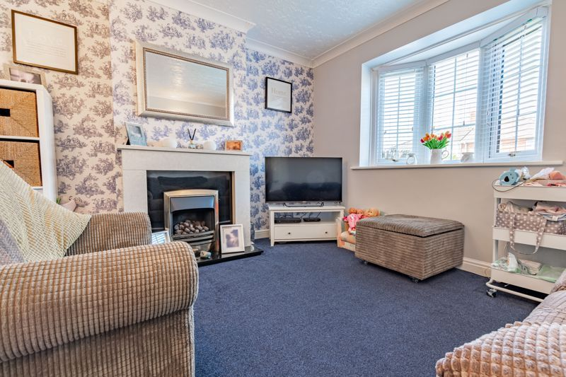 3 bed house for sale in Grove Road  - Property Image 2