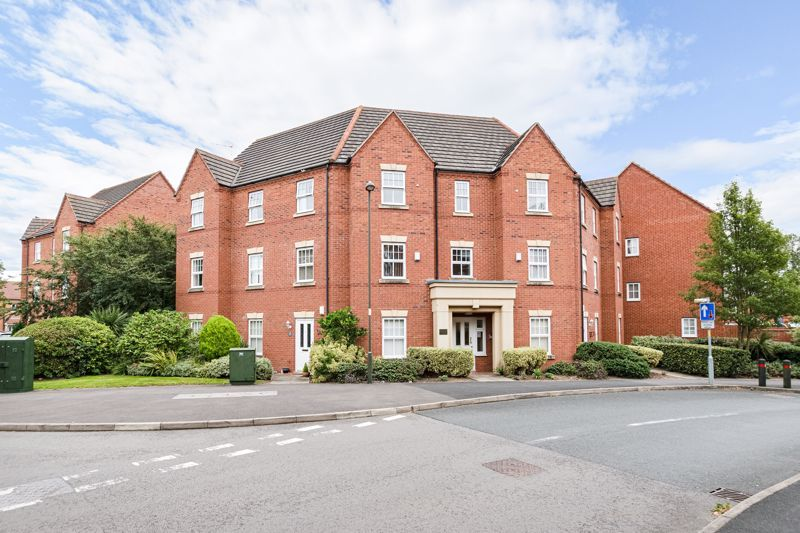 2 bed flat for sale in Newton Square  - Property Image 1