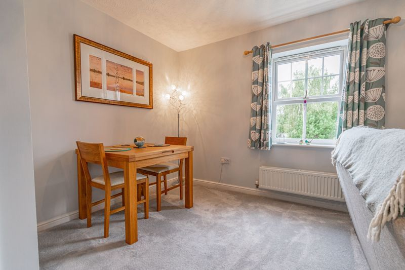 2 bed flat for sale in Newton Square 3
