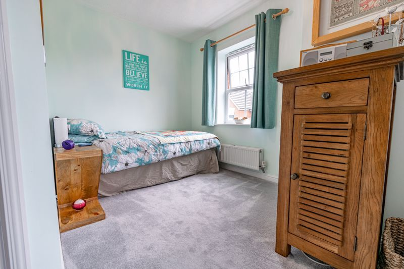 2 bed flat for sale in Newton Square  - Property Image 10