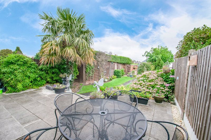 3 bed house for sale in Vicarage Road  - Property Image 12