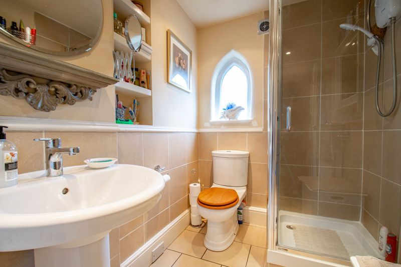 3 bed house for sale in Vicarage Road 17