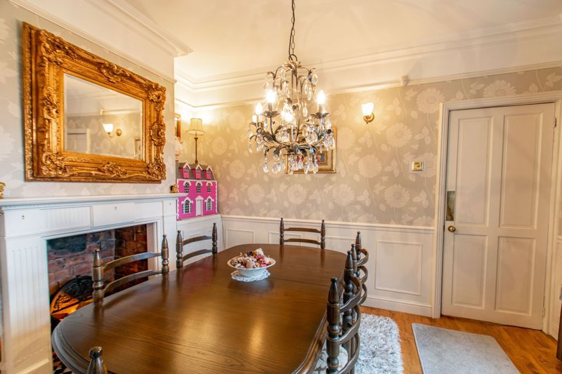3 bed house for sale in Vicarage Road 5