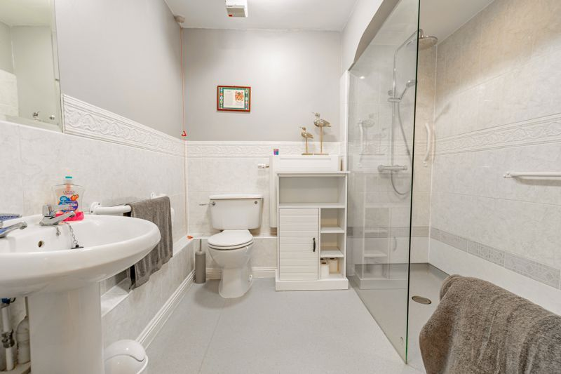 1 bed  for sale in Burcot Lane 8