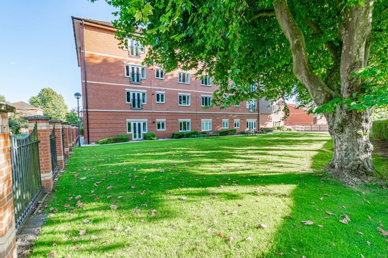 1 bed  for sale in Burcot Lane 9