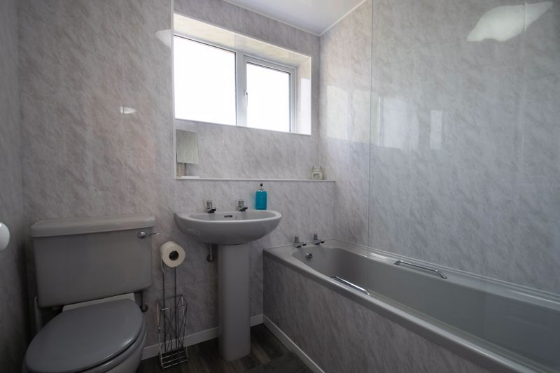 3 bed house for sale in Welford Close 11