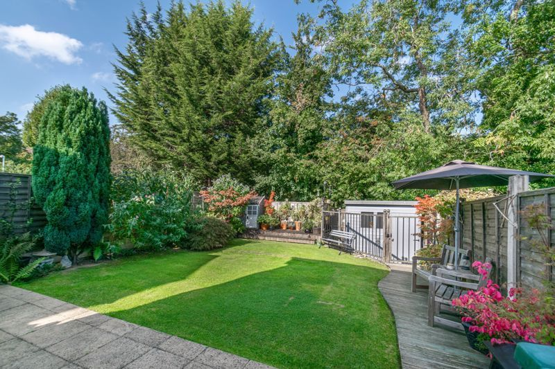 3 bed house for sale in Welford Close 12