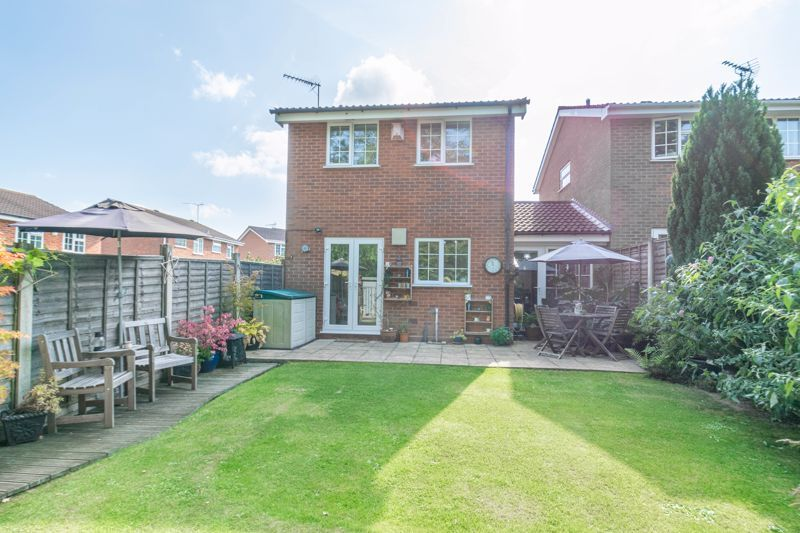 3 bed house for sale in Welford Close 13