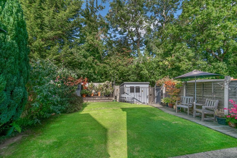 3 bed house for sale in Welford Close 14