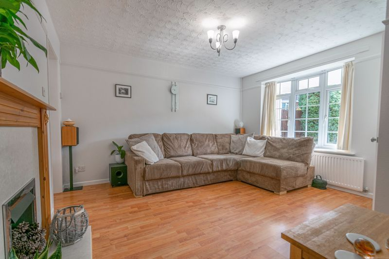 3 bed house for sale in Welford Close 5