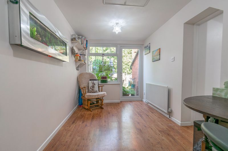 3 bed house for sale in Welford Close 6
