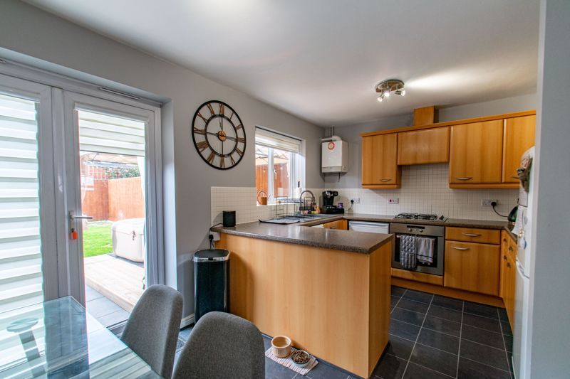 3 bed house for sale in Wheelers Lane 2