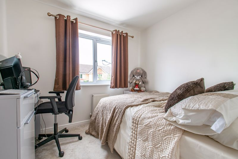 3 bed house for sale in Wheelers Lane 8