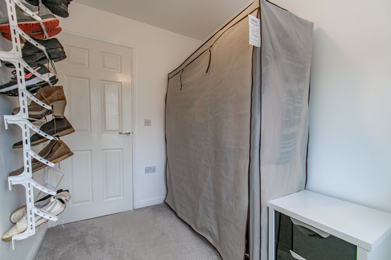 3 bed house for sale in Wheelers Lane 9