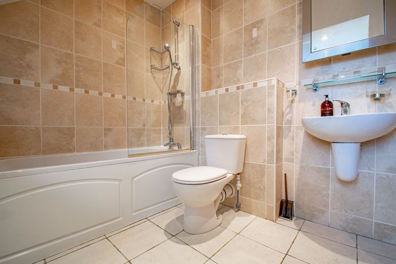 2 bed  for sale in Love Lane 11