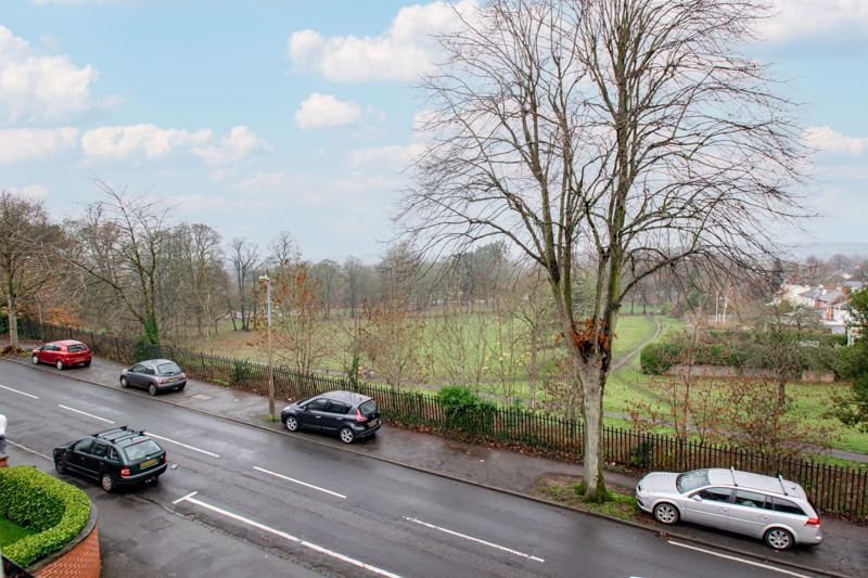 2 bed  for sale in Love Lane  - Property Image 12