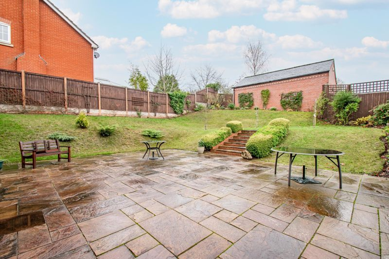 2 bed  for sale in Love Lane  - Property Image 13