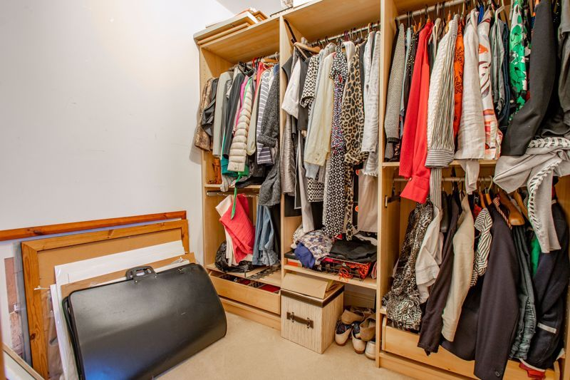 2 bed  for sale in Love Lane  - Property Image 18