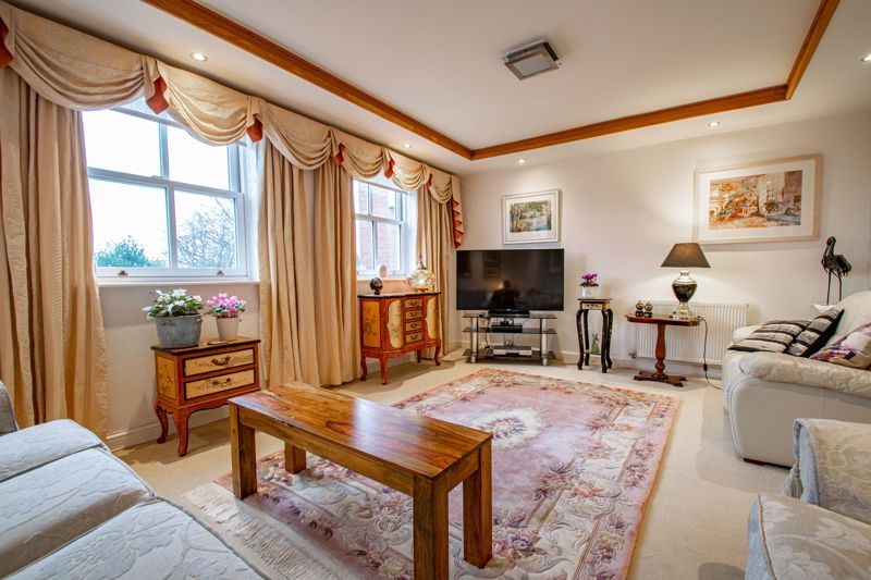 2 bed  for sale in Love Lane  - Property Image 3