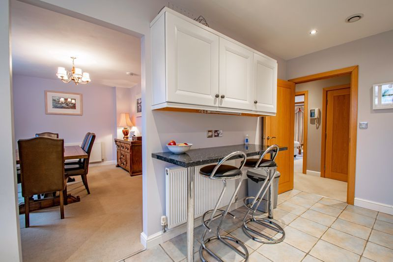 2 bed  for sale in Love Lane  - Property Image 5