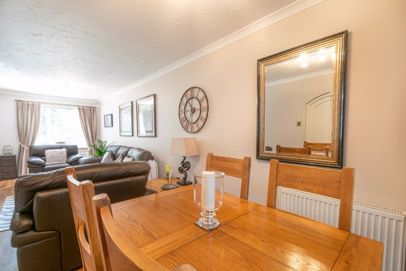 3 bed house for sale in Plymouth Close  - Property Image 7