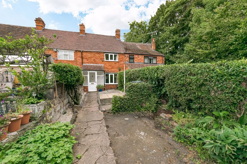 2 bed cottage for sale in Peters Finger  - Property Image 1