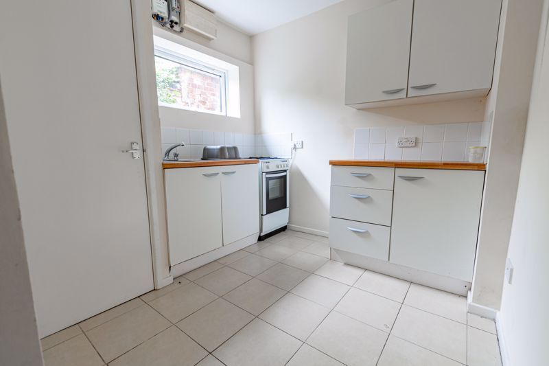 2 bed cottage for sale in Peters Finger 5