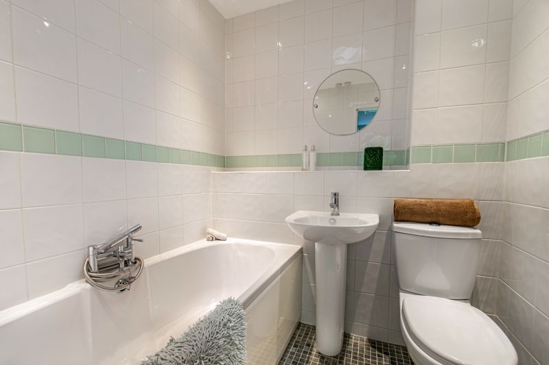 3 bed house for sale in Terrys Close 11