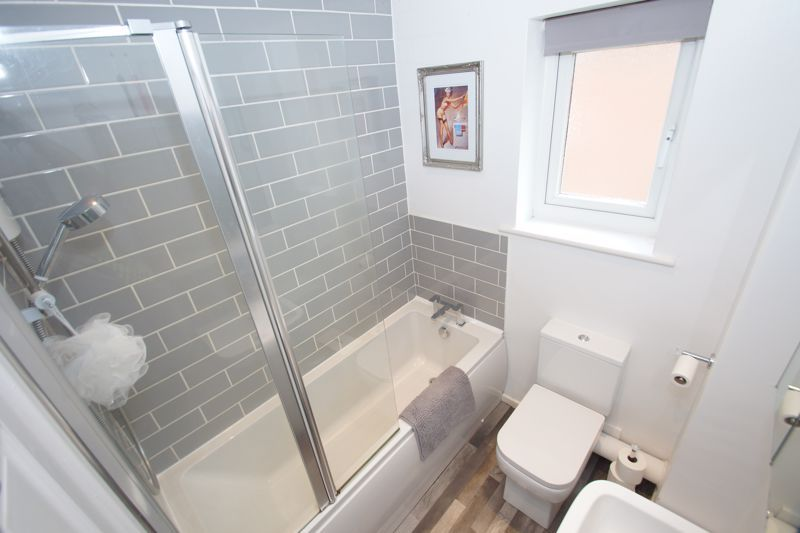 2 bed house for sale in Bilbury Close 8