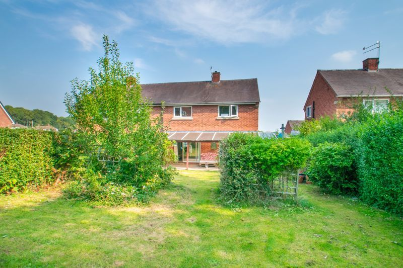 3 bed house for sale in Foxlydiate Crescent 1