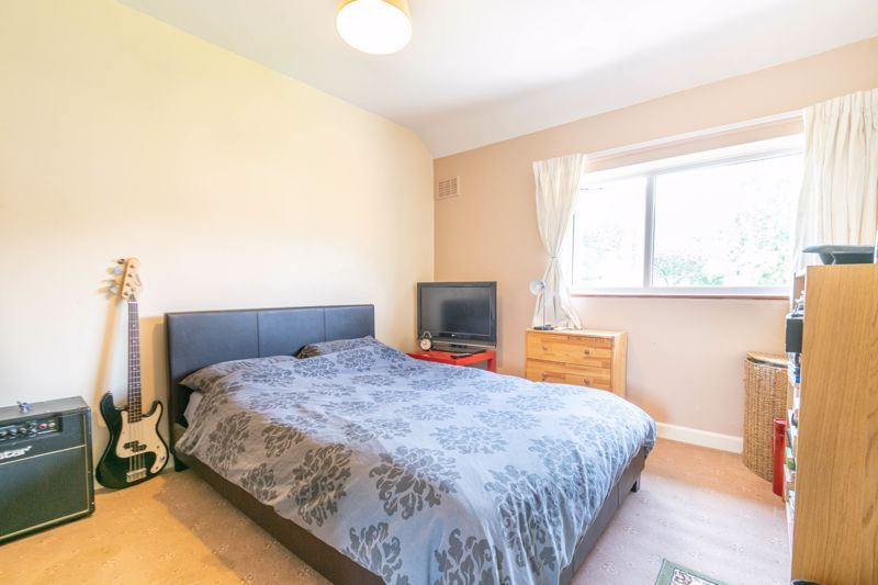 3 bed house for sale in Foxlydiate Crescent 7