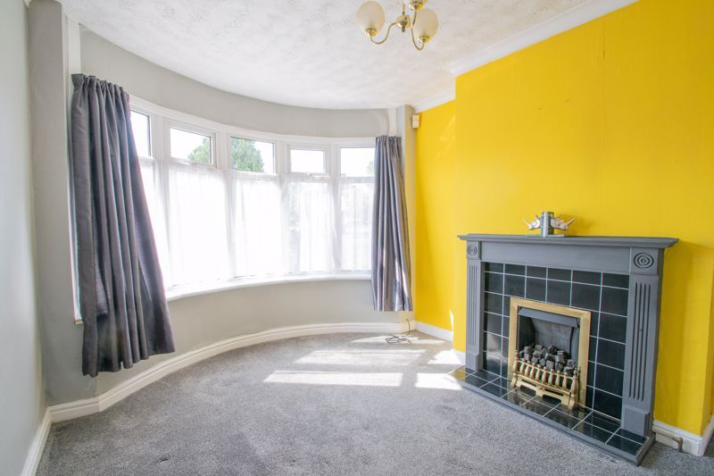 3 bed house for sale in West Road 2