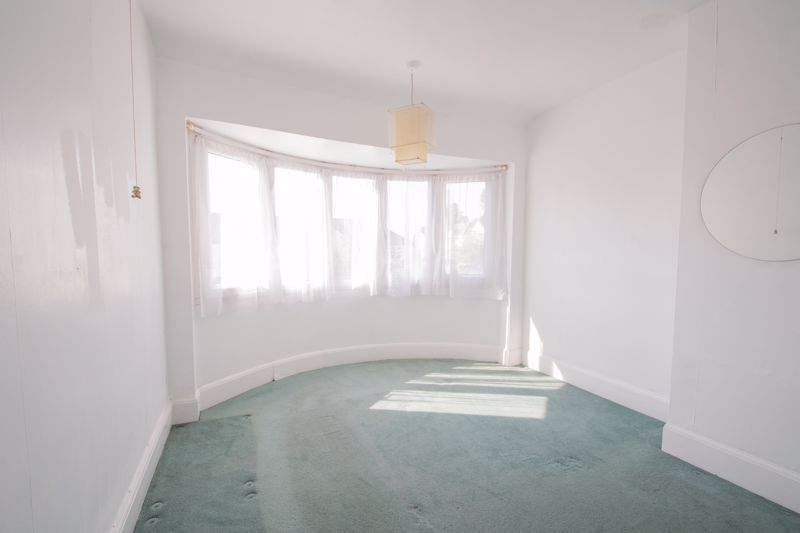 3 bed house for sale in West Road  - Property Image 6