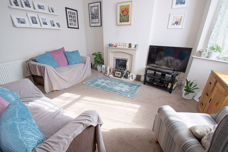 3 bed house for sale in Westbourne Road  - Property Image 2