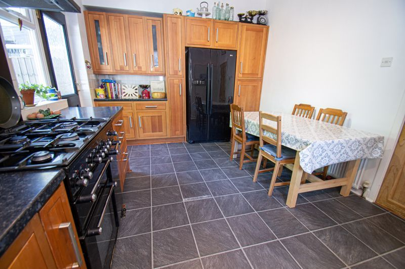 3 bed house for sale in Westbourne Road  - Property Image 5