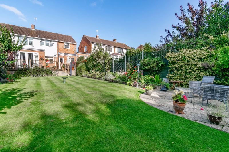 4 bed house for sale in Fordhouse Road 15