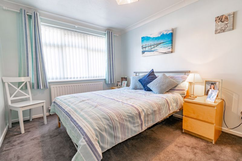 4 bed house for sale in Fordhouse Road 8