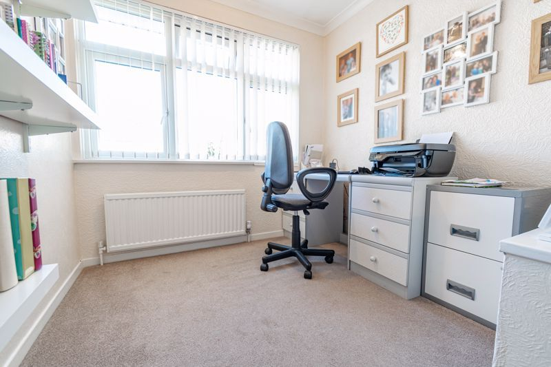 4 bed house for sale in Fordhouse Road 10