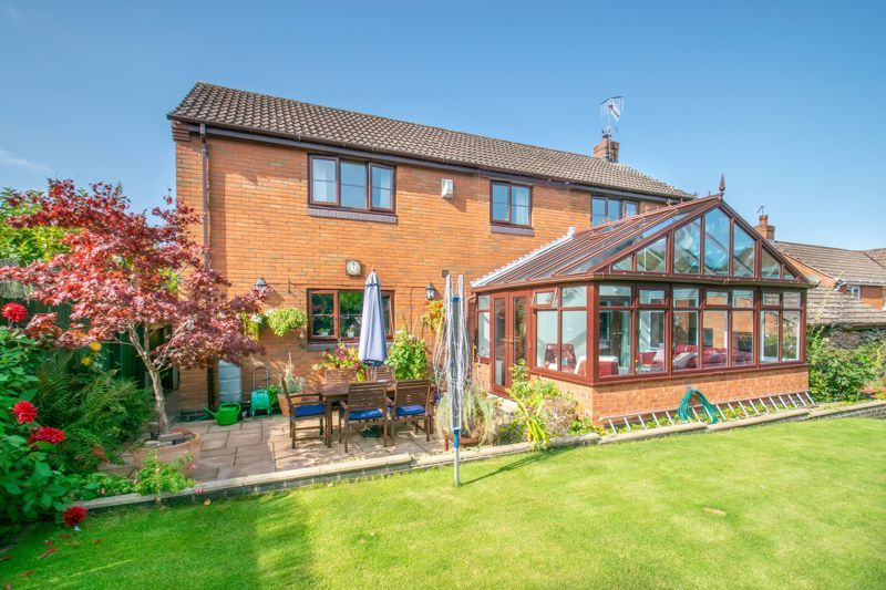 4 bed house for sale in Tanwood Close  - Property Image 13