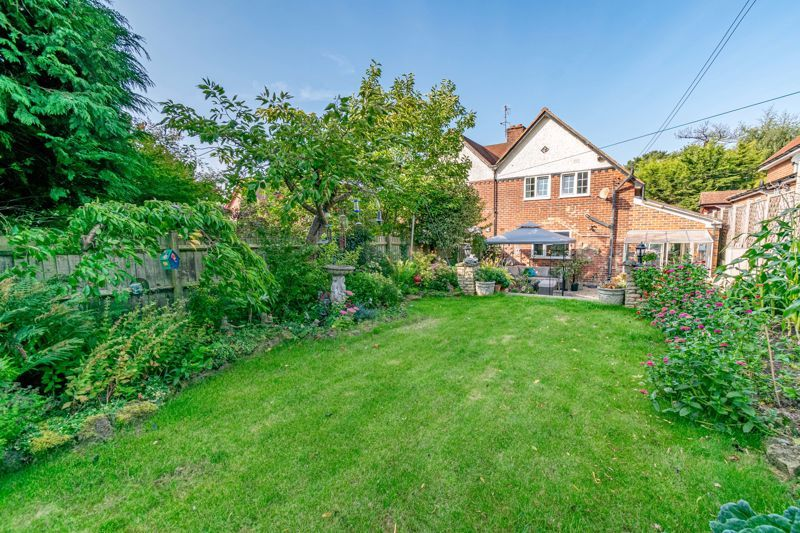 2 bed house for sale in Birmingham Road  - Property Image 14