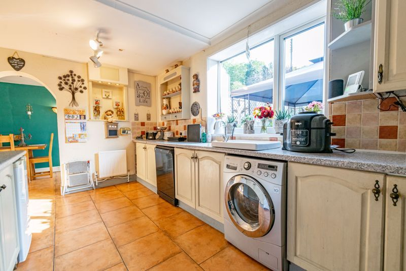 2 bed house for sale in Birmingham Road 18