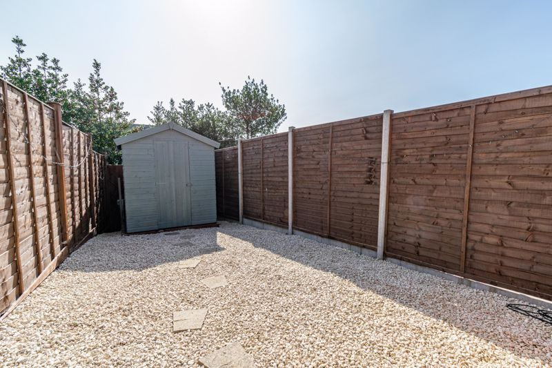 3 bed house for sale in Swallows Close  - Property Image 17