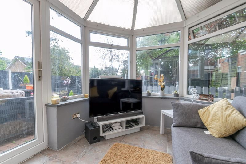4 bed house for sale in Atcham Close 4