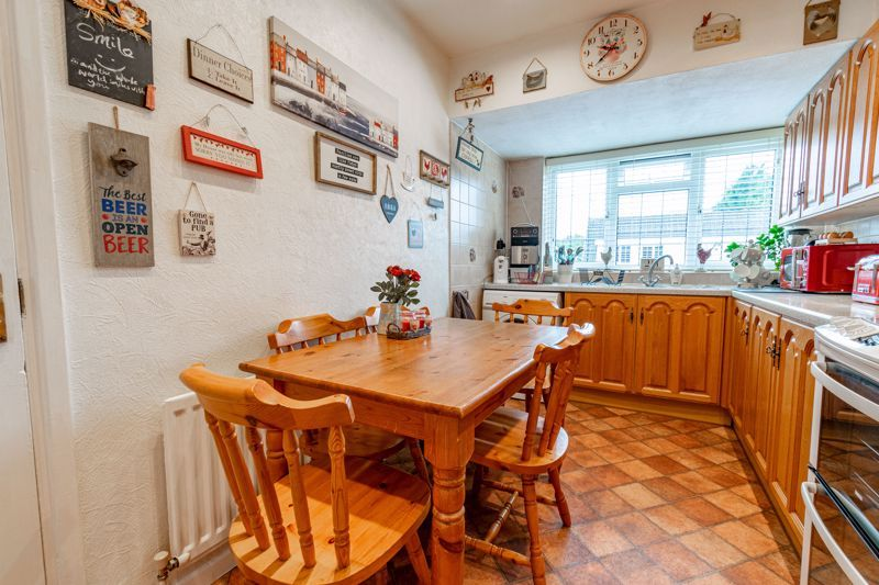 3 bed house for sale in Grampian Road 5