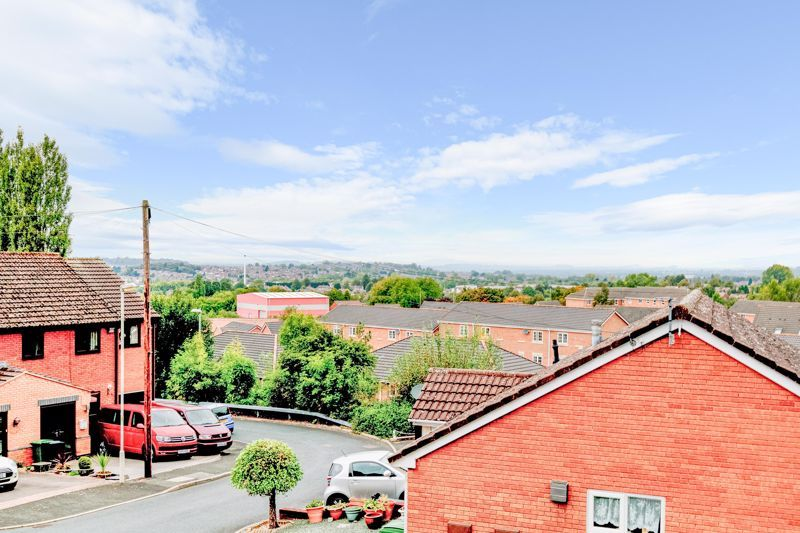3 bed house for sale in Carder Drive  - Property Image 11